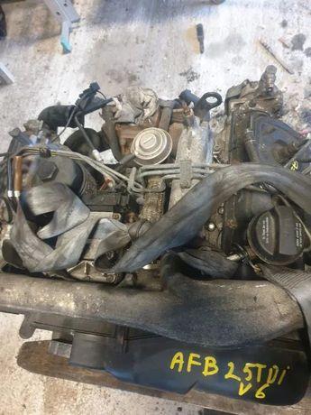 Silnik słupek audi a4 b5 2,5 tdi v6 a6 c5 AFB