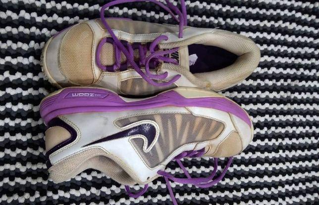 Женские кроссовки,фирма Nike