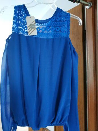 Bluzka niebieska z wyciętymi rękawami, rozmiar uniwersalny