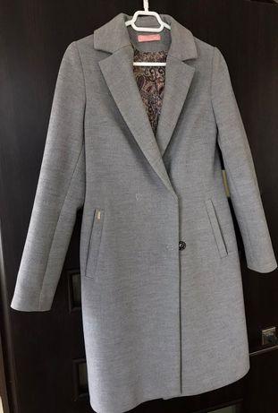 Пальто кашемірове Blessing