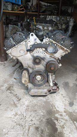 Мотор двигатель Dodge Journey 3.6