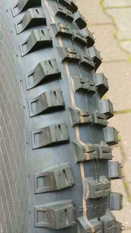 Opona E-bike Schwalbe Big Betty 27,5x2,40 Super Gravity TL-E Addix