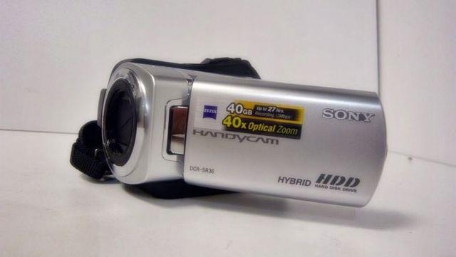 """Kamera """"Sony"""" z dyskiem twardym 40GB"""