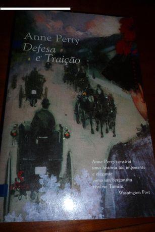 Defesa e Traição de Anne Perry