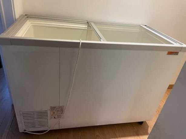 Arca frigorifica de congelação