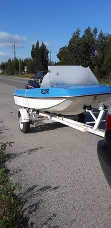 Barco tridente com 3.10 mt / motor Yamaha 8 cv