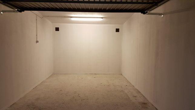 Wynajmę garaż na Podzamczu koło pętli autobusowej.
