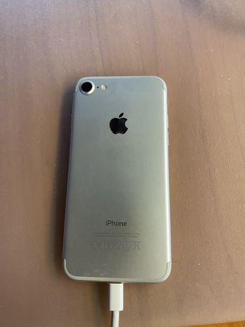 iPhone 7    32GB    SREBRNY