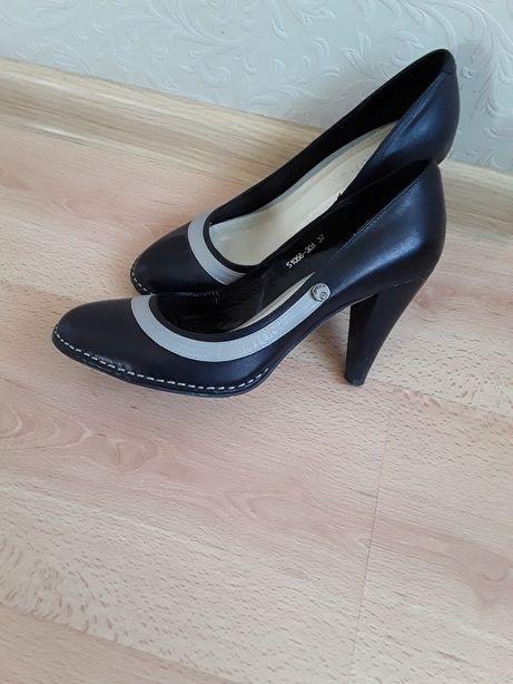 Туфли женские р.37 натур.кожа по стельке 24см.