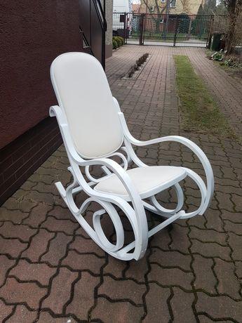 Fotel bujany malowany farbą kredową