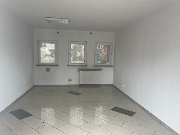 pomieszczenie biurowo - usługowe parter 22 m2