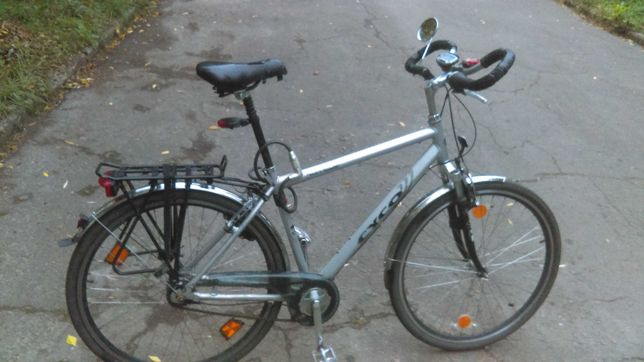 Велосипед на 28 колесах.Алюминевий.