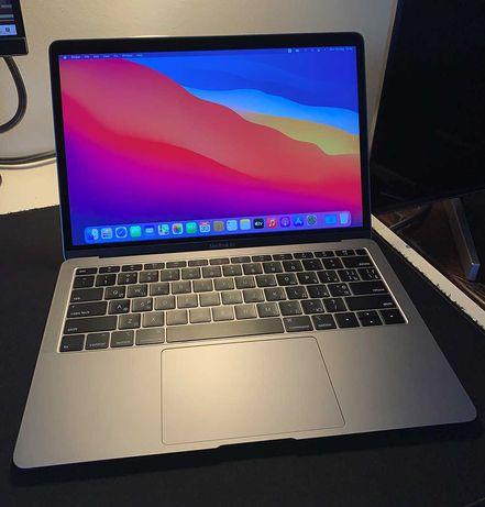 Apple Macbook Air 256Gb 2018 Eng-Ru