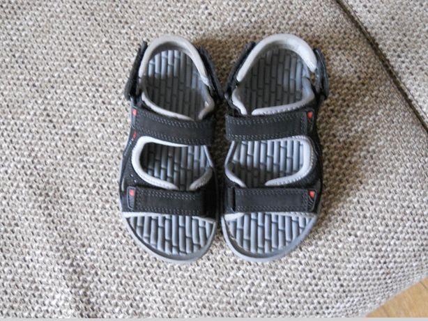 Sandałki Karrimory roz.28 długość 16,5