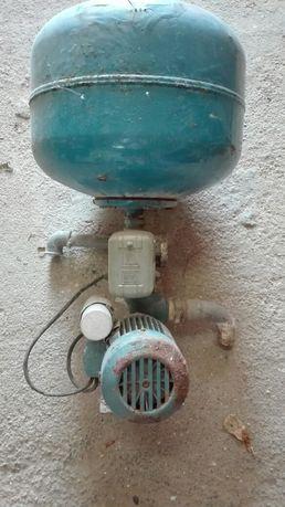 Bomba Água Antiga