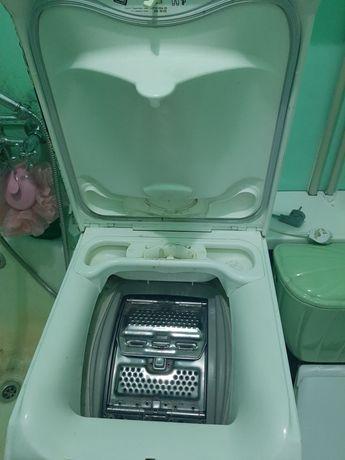 Продам стиральную машину Zanussi lindo 100