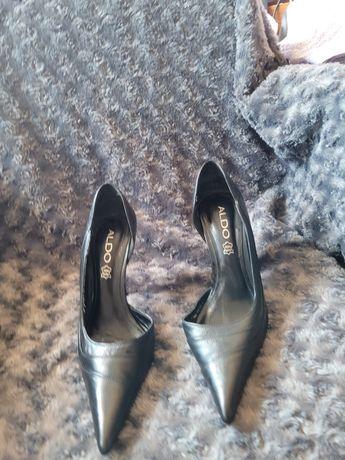 Sapatos alto n 35