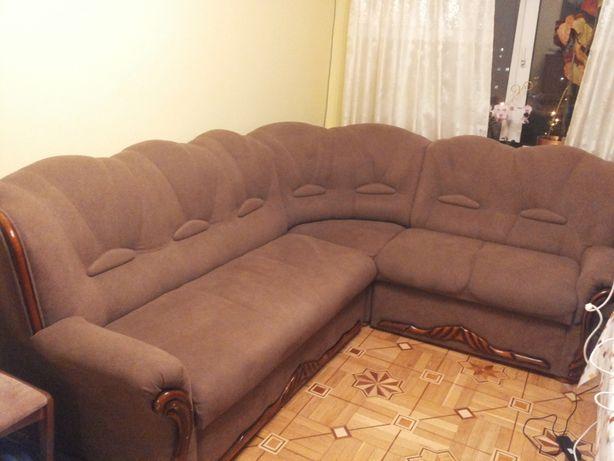 Продам большой угловой диван б/у