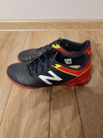 Buty piłkarskie New Balance