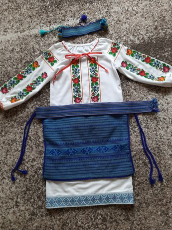 Вишиванка вишитий стрій вишитий костюм вышиванка