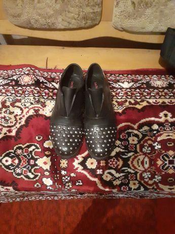 Туфли кожаные с шипами les tropeziennes