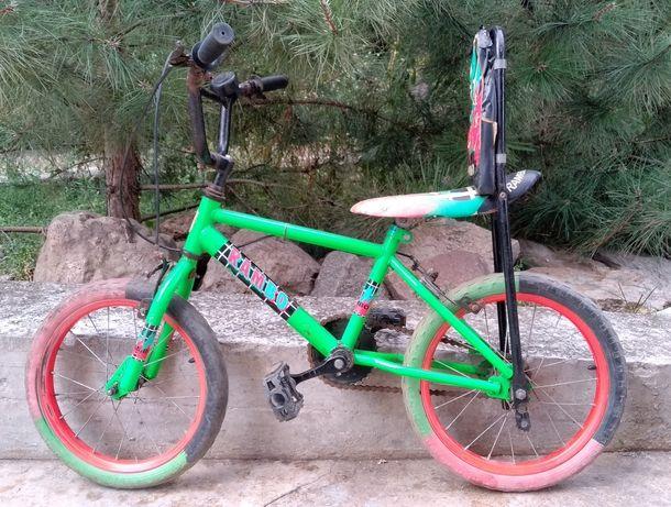 детский велосипед на не пробиваемых колёсах 16 дюймов