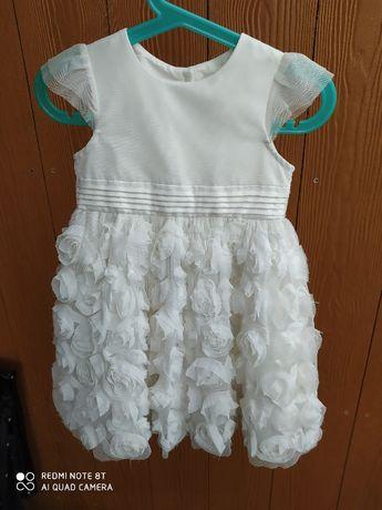 sukienka Primark r 86 w róże okolicznościowa
