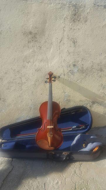 Vende se violino