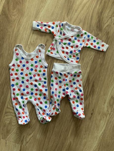 Zestaw 3-częściowy dla niemowlaka: kaftanik, śpiochy, półśpiochy 56-62