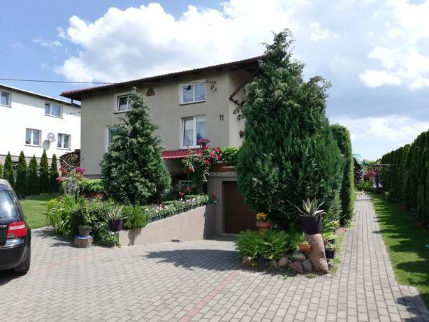 Dom wolnostojący z pięknym ogrodem