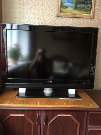 телевизор продам Philips