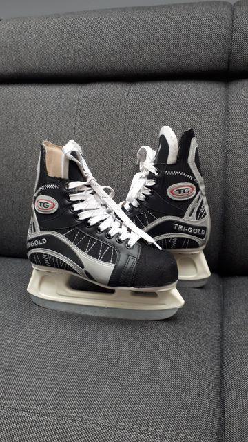 Łyżwy hokejowe 37