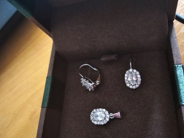 Komplet srebrnej biżuterii