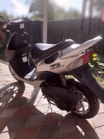 Мопед Suzuki  Zz inch up sport