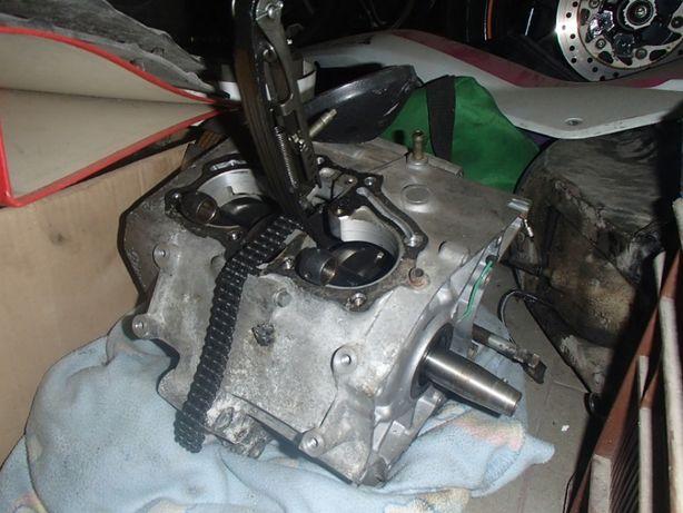 magneto skrzynia wał silnik karter Honda CM 125