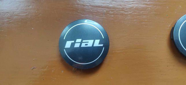 Колпачок на литой диск rial