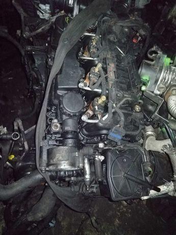 Silnik Na Części 1.6 HDI TDCI 2010 r Blok wał Tłoki misa Vacum Wtryski