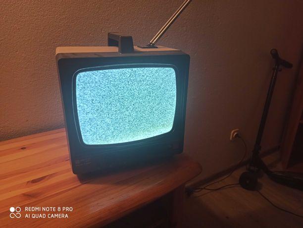 Bardzo stary telewizor