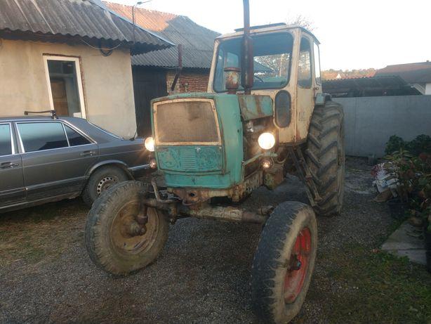 Трактор ЮМЗ ПРОДАМ!!!