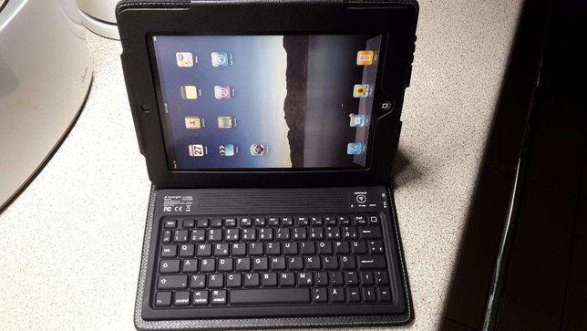 Nowe skórzane etui do iPada z klawiaturą bluetooth