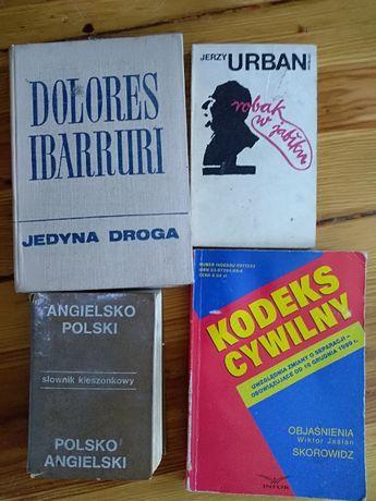 "Dolores Ibarruri, ""Jedyna droga""."