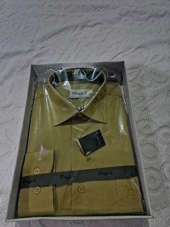 Camisa de homem nova