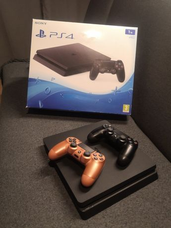 Zestaw Playstation 4 slim 1TB + 2 pady + Fifa 19 + GRATIS wybrana gra