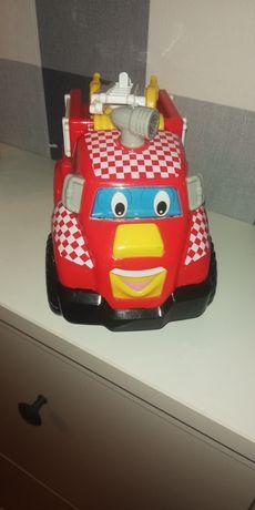 Wóz strażacki z firmy Dumel