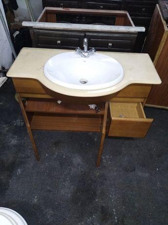 Móvel de lavatorio