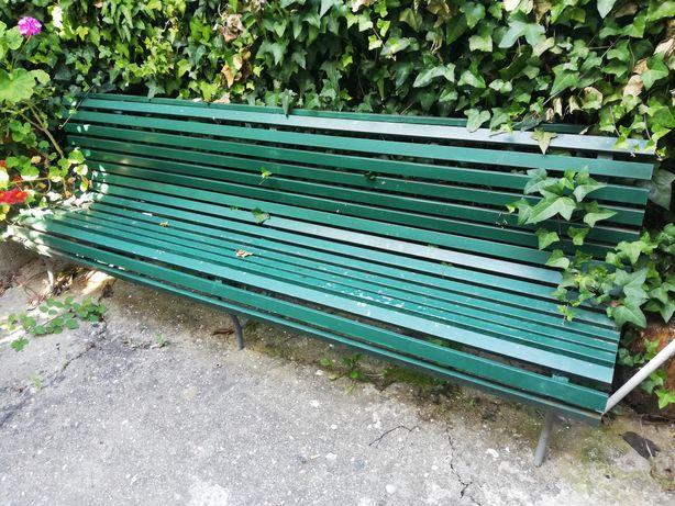 Banco para jardim