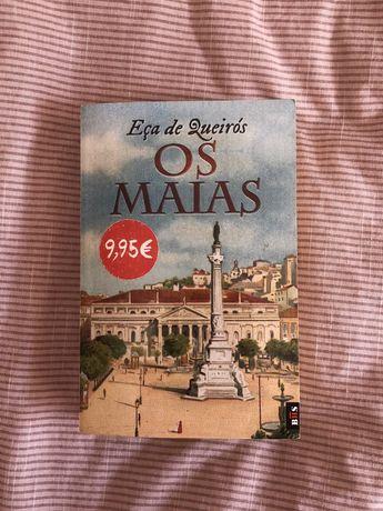 """Livro """"Os maias"""""""