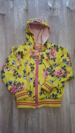 Куртка-ветровка с небольшим утеплителем на 2-3 года