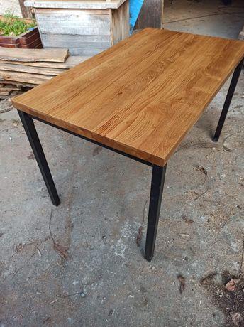 Stół w stylu loft