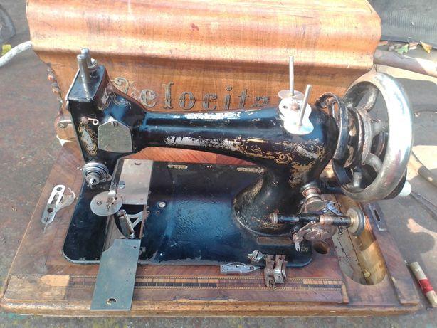 Швейна машинка Velokitas